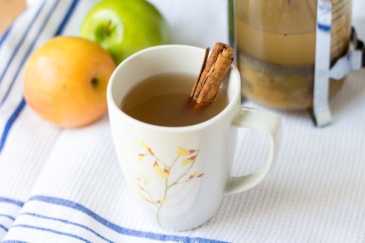 Your French Press Makes Homemade Apple Cider Easy AF