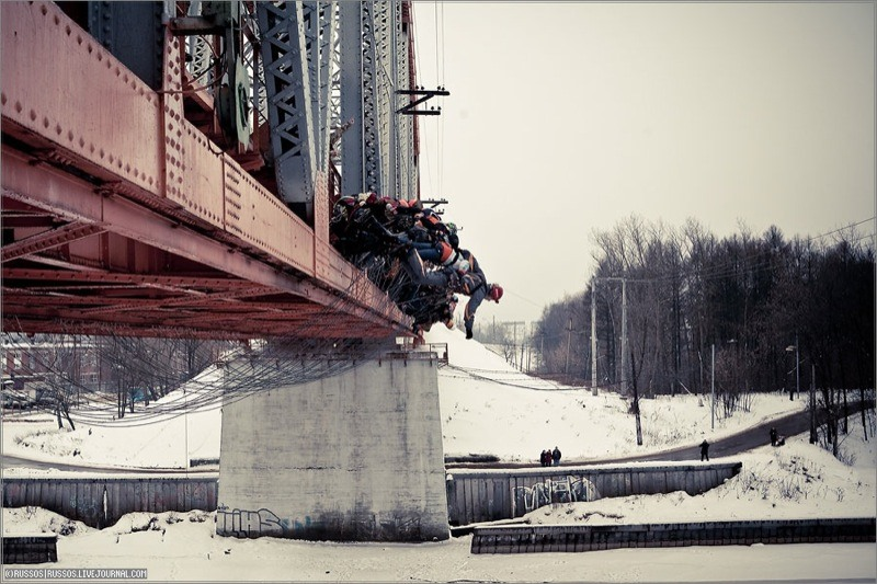 Russian Roulette Bridge Jumping