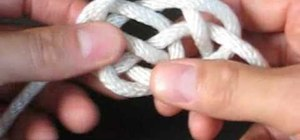 Tie the decorative Basket Knot