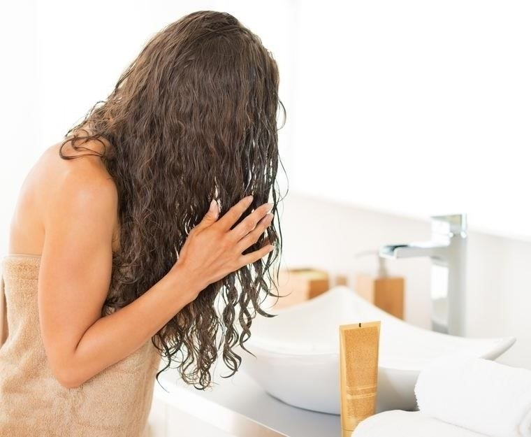 WHAT FACTORS CAN CAUSE DAMAGE to the HAIR?