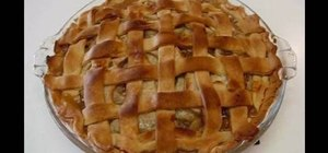 Make Southern homemade apple pie with Betty
