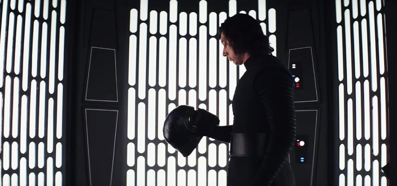 Make a Menacing Kylo Ren 'Star Wars' Costume for Halloween