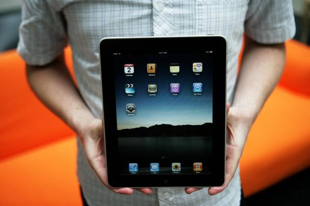 Listen Up! Before You Buy The iPad- 20 Biggest Complaints