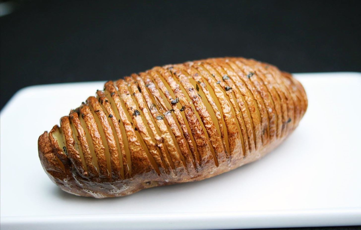 How to Make Hasselback Potatoes (& Other Amazing Baked Spuds)