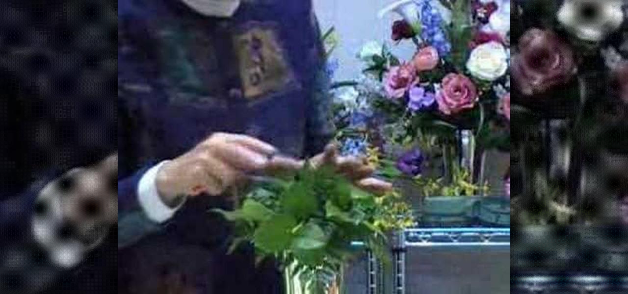How to Make a bouquet using a bouquet holder « Flower Arrangement ...