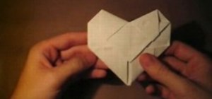 Fold a Brianna heart note in origami