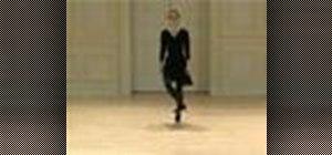 Do a Renaissance autres cinq pas galliard dance