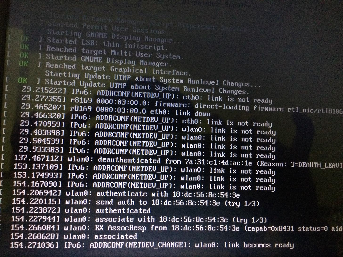 I'm Facing This Problem While Booting Kalilinux Can Anyone Please Help Me or Tell What's the Problem??