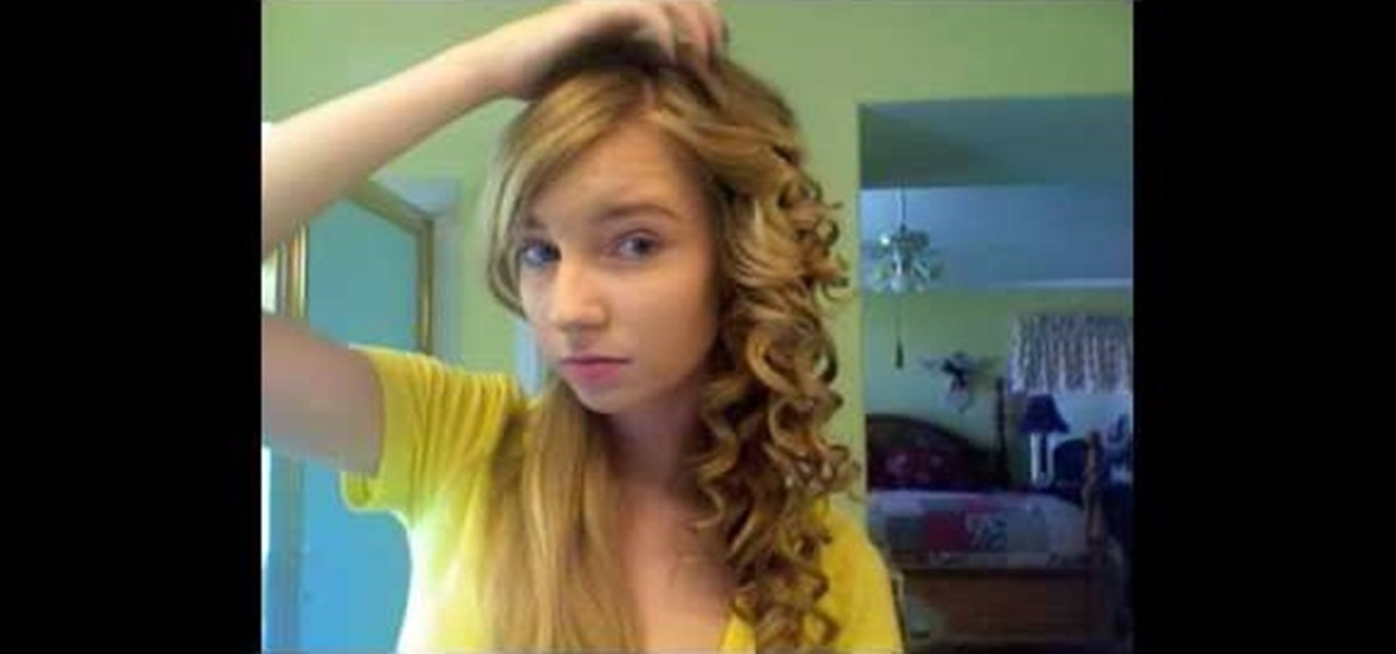How To Curl Style Your Hair Like Taylor Swift Hairstyling