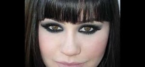 Get dark black dramatic smoky eyes