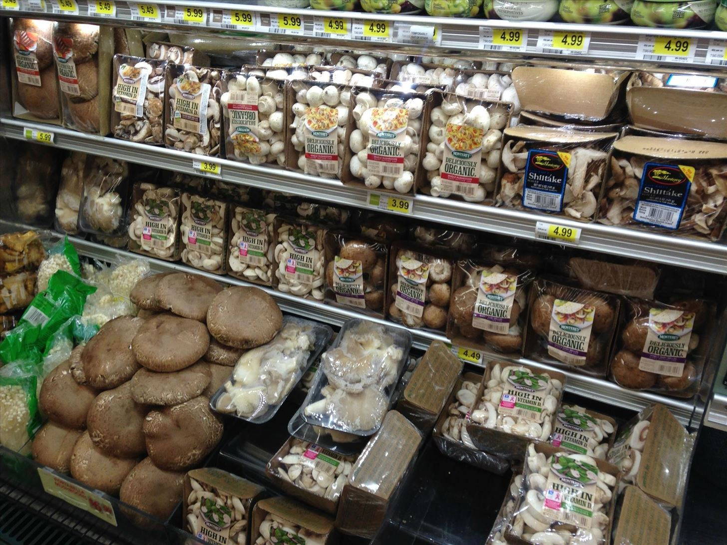 Ingredients 101: Selecting, Cleaning, & Storing Fresh Mushrooms