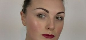 Create a light and natural pin up makeup look