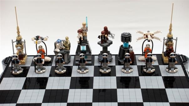 LEGO Star Wars: A New Hope Chess Set