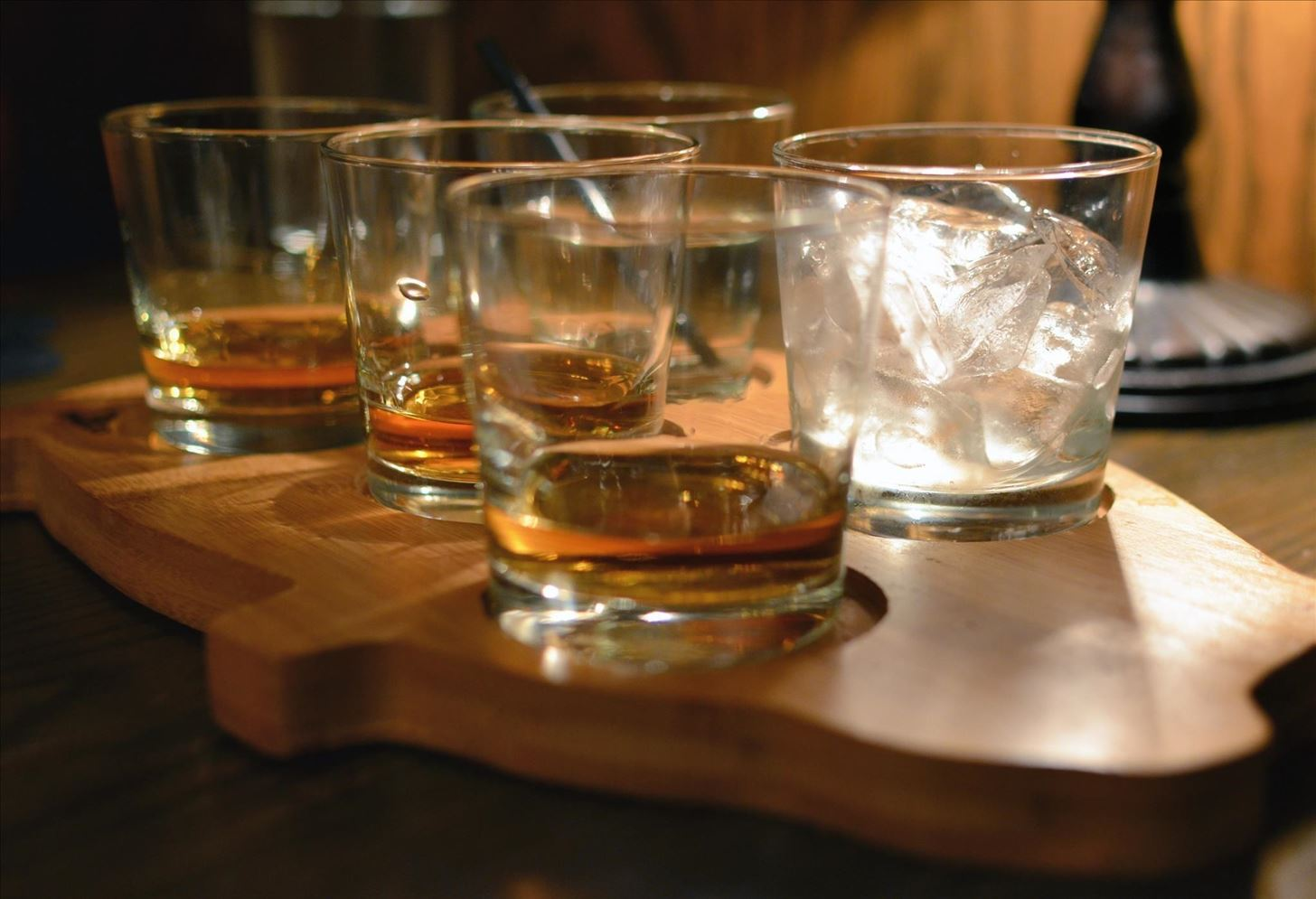 How to Make Instant 'Aged' Bourbon Out of the Cheap Stuff