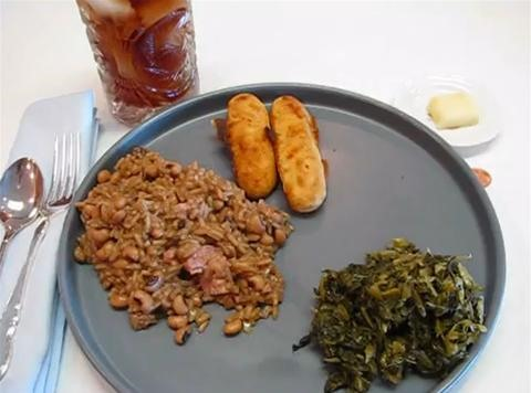 How to Cook Black Eyed Peas on New Year's Day (Hoppin' John Recipe)