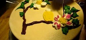 Decorate a beautiful bird cake
