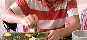 Make iced matcha green tea