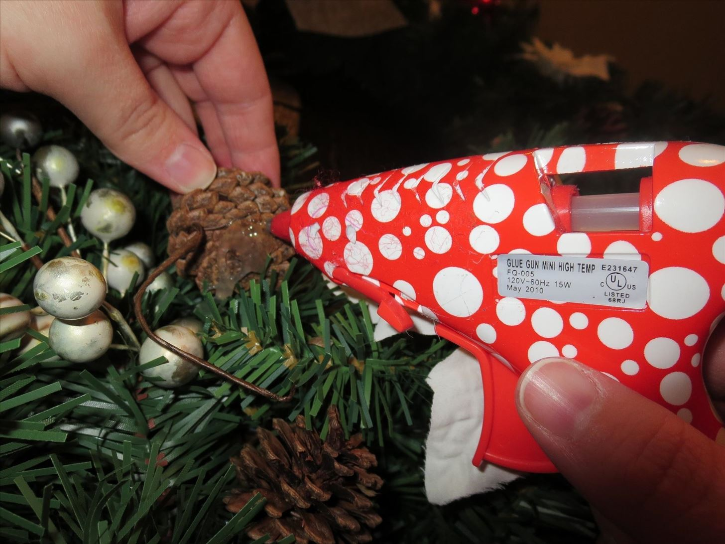 Make Holiday Decorating Easier with a Glue Gun