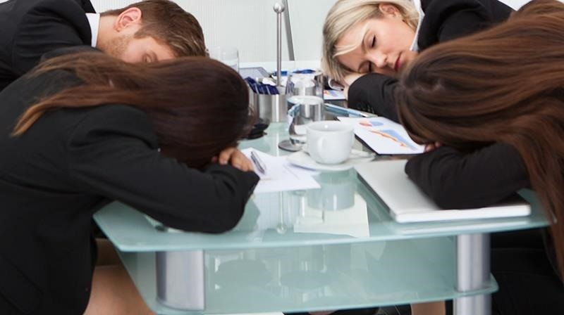 Brainstorming Is Draining Your Brain: Go Solo for More Productive Thinking