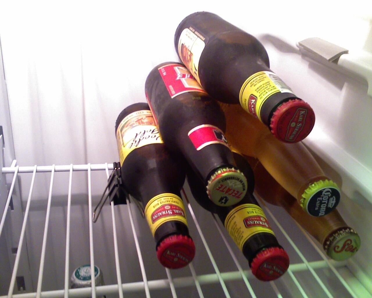 Use a Binder Clip for This Quick & Easy Beer Storage Hack