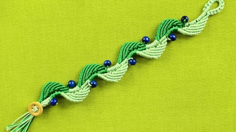 DIY Wavy Leaf & Blueberry Bracelet