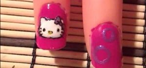 Paint Hello Kitty on your nails
