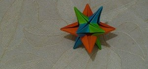 Make a six-sheet 3D paper star with origami