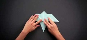 Fold a simple origami hummingbird