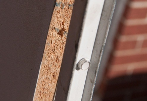 Quick Tip: Fix a Stripped Screw Hole in Five Minutes with Toothpicks