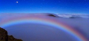 2010's Most Insane Space Pictures (Yep, That's a Moonbow)