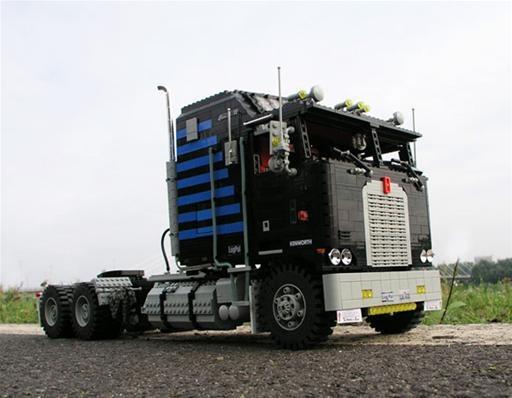 LEGO Semi Trucks Look Like the Real Deal