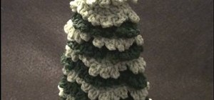 Crochet a left hand Christmas holiday tree