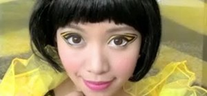 Bumble Bee Makeup http://makeup.wonderhowto.com/how-to/create-adorable-bumble-bee-makeup-look-for-halloween-401962/