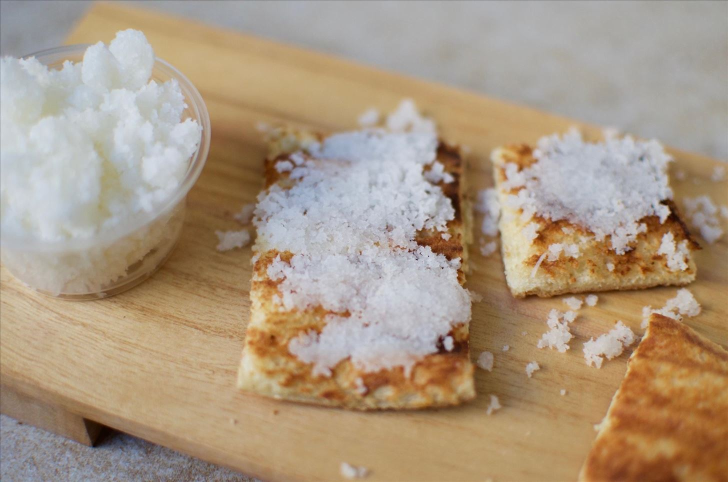 5 Reasons to Always Have Coconut Flakes in the Kitchen
