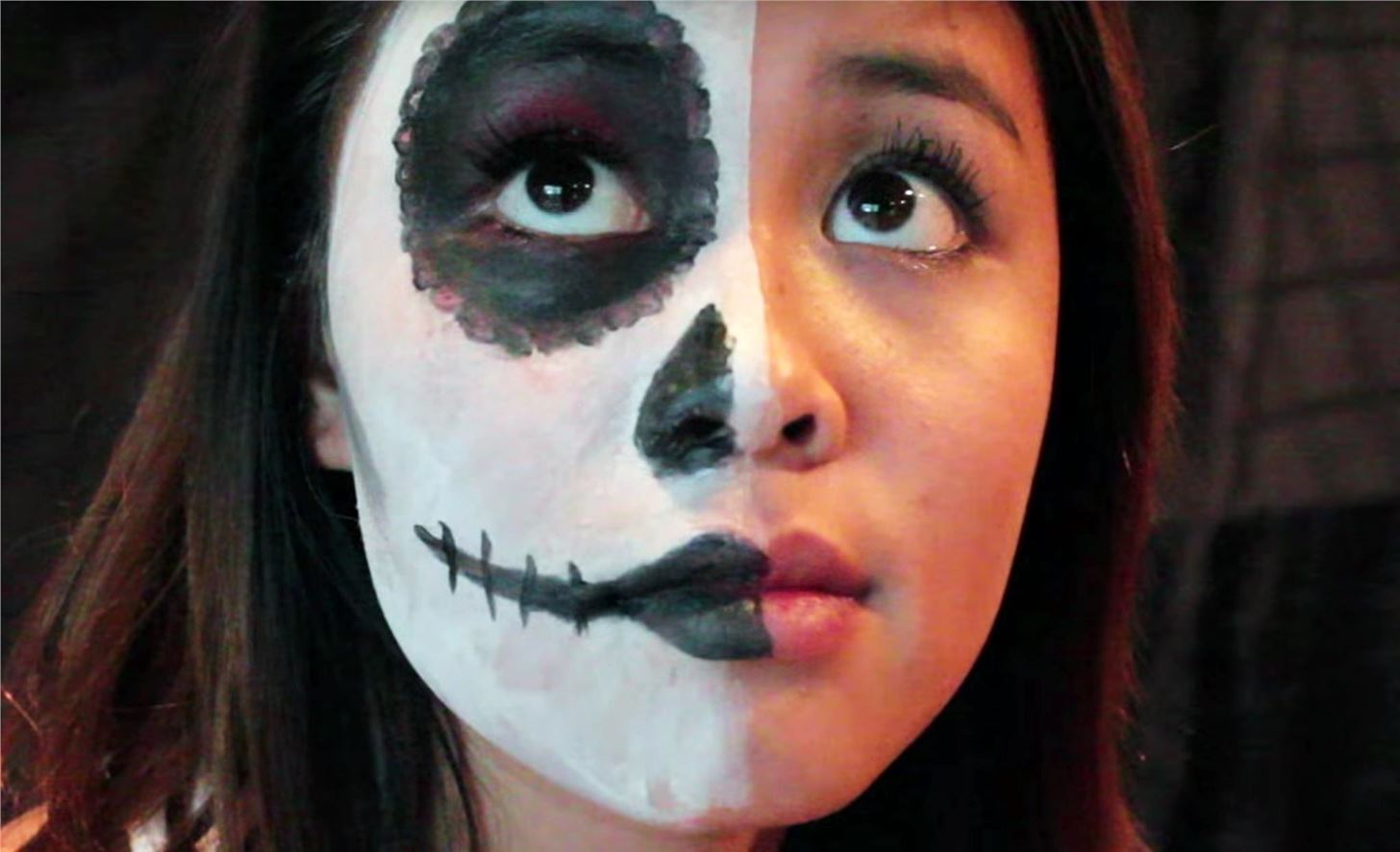 The 15 best sugar skull makeup looks for halloween halloween 12half faced 2 solutioingenieria Choice Image