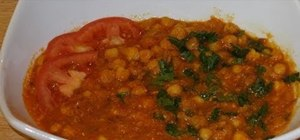 Make Indian chola (chana masala)