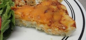 Make a simple and quick mac'n' cheese pie