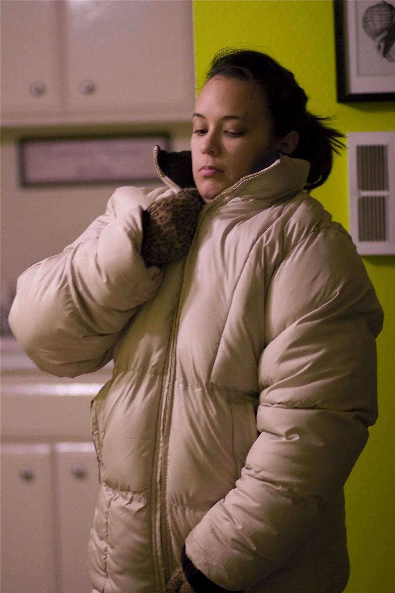 How to Stay Warm During a Winter Storm Without Any Electricity