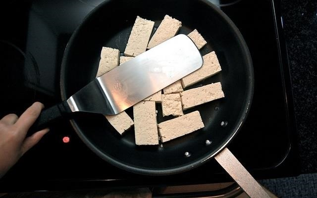 How to Prep Tofu Properly: A Beginner's Guide for Tofu Haters