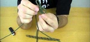 Create a twisted Solomon Bar paracord bracelet