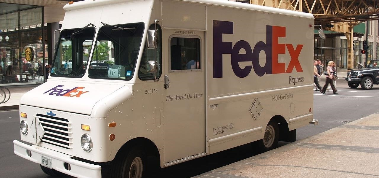 Head of FedEx Freight Wants Laws to Make Truck Drivers More Like Pilots