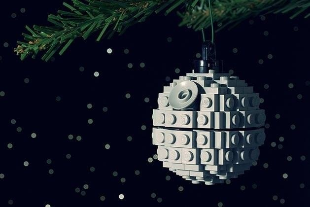 Diy geeky christmas decorations : Geek up your holidays with these nerdy diy christmas