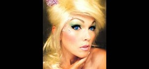 Apply Tinkerbell inspired makeup