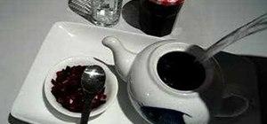 Make fruit tea with homemade rhubarb jam