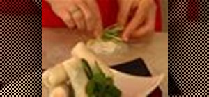 Make Vietnamese rice paper rolls like a chef