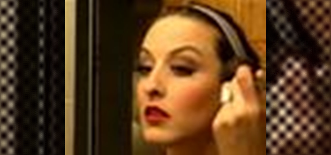 How to Basic Stage Makeup