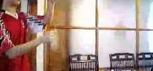 """Do the """"boomerang"""" yo-yo trick"""