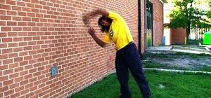 Do an inward wallflip freerun trick