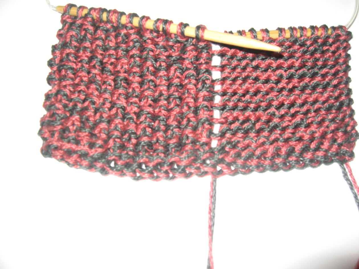 How to Knit a Seed and Garter Stitch Potholder