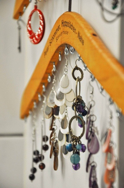 10 Beautiful DIY Ways to Declutter Your Closet